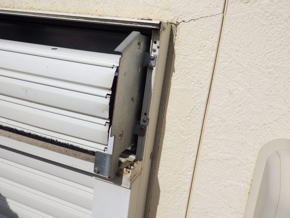 コウモリ…シャッターボックス内の清掃・殺菌